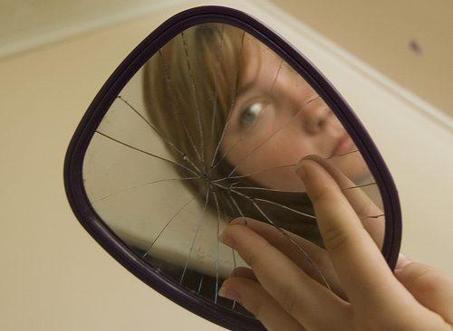 espejo roto mala suerte