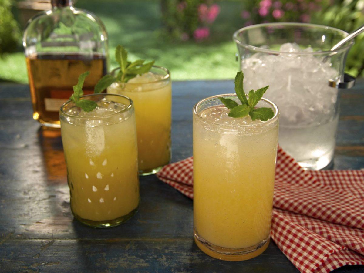 Limonada Espumante de Whisky Americano