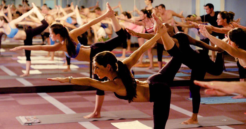 yoga caliente características