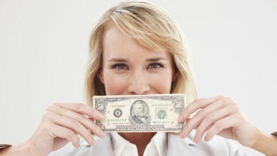 dia del ahorro relacion con el dinero