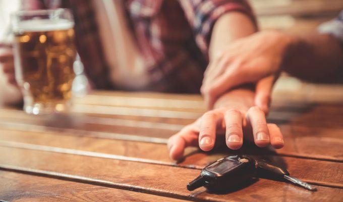 alcohol al volante mata