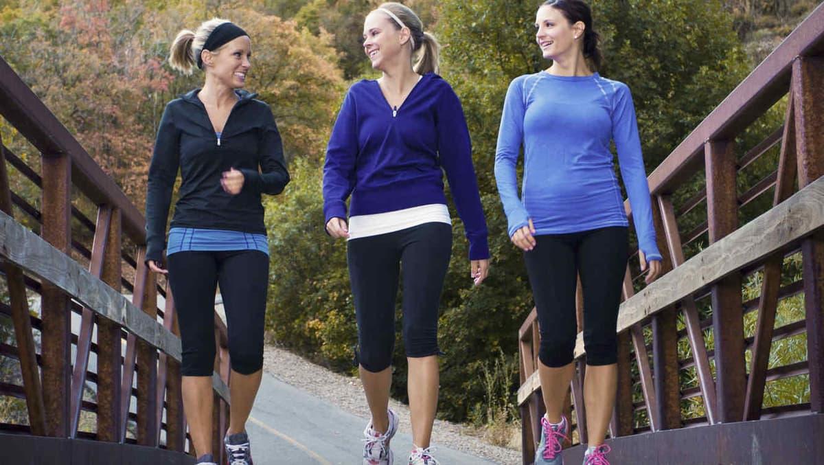 adelgazar corriendo o caminando y miando