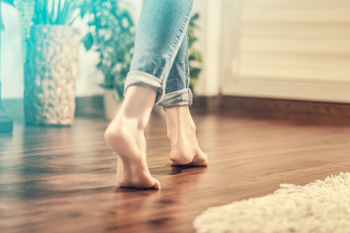 Cómo plastificar un piso de madera