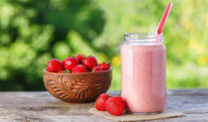 licuado de frutilla con leche