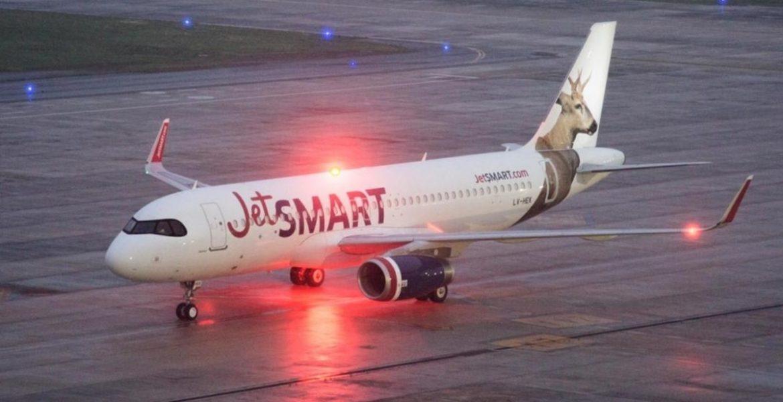 batalla low cost jetsmart y flybondi