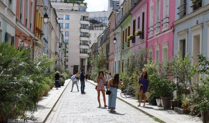 La rue Crémieux de París