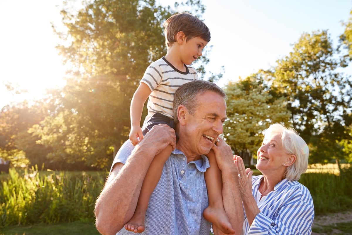 nietos y abuelos de vacaciones