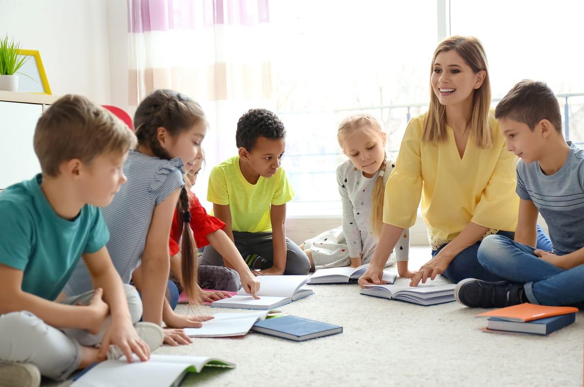 escuela alumnos educacion
