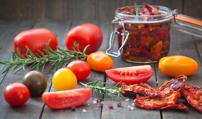 como hacer tomates secos