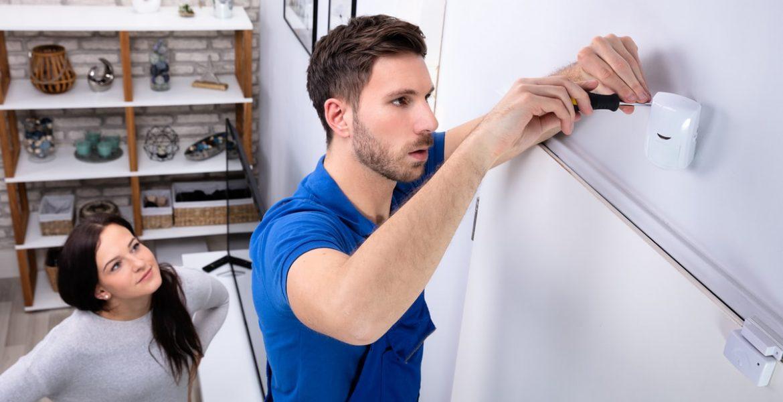 Cómo conectar un sensor de movimiento