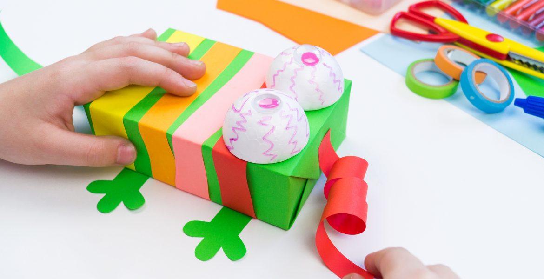manualidades con carton de cajas