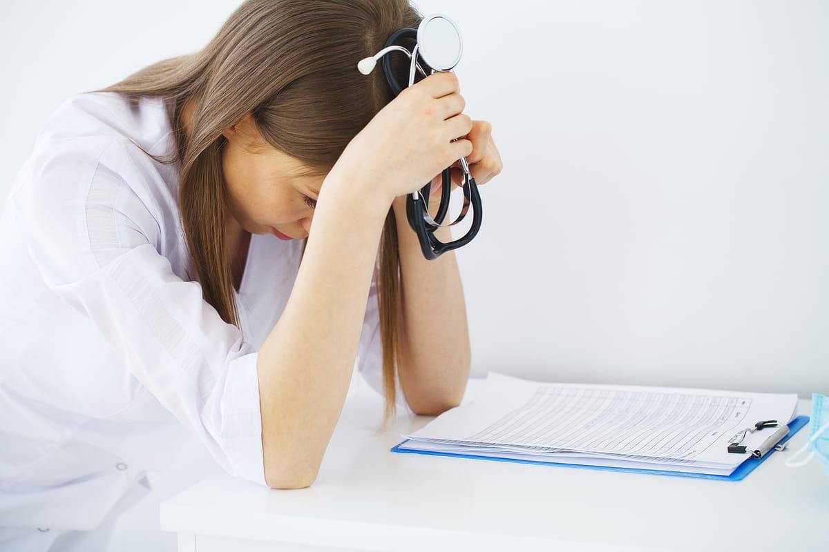 medico enfermero estres