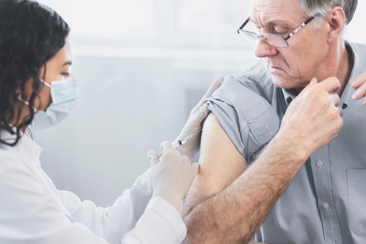 vacunacion adultos mayores