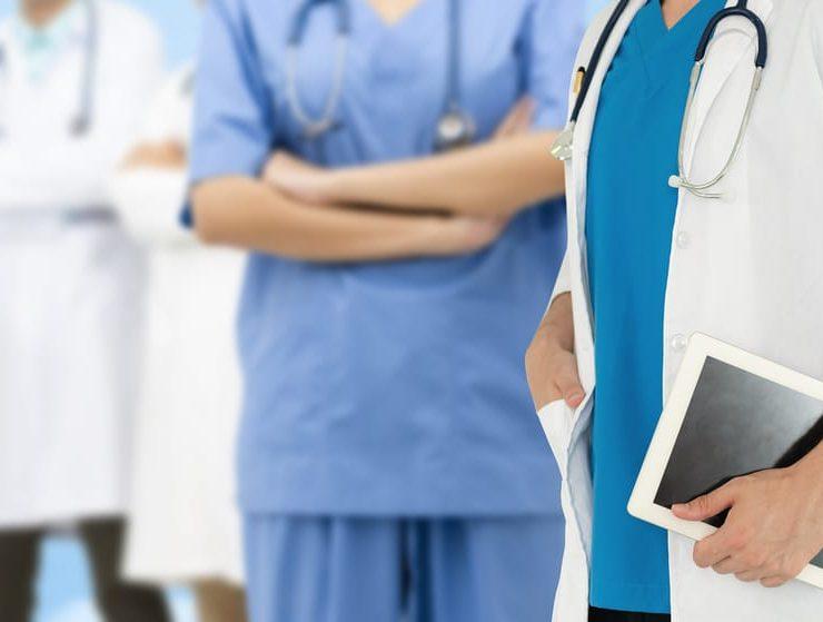 medicos violencia coronavirus