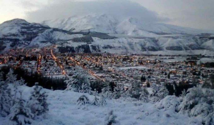 primer nevada del año en esquel