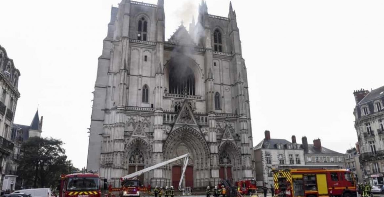 incendio catedral nantes