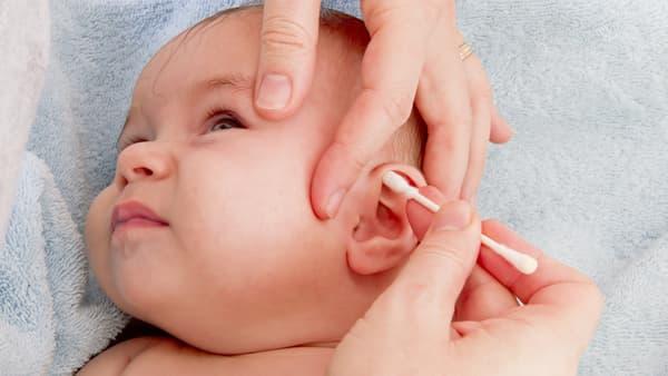 uso de hisopos oidos