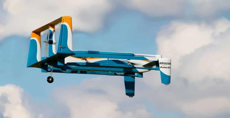 amazon dron esquiadores