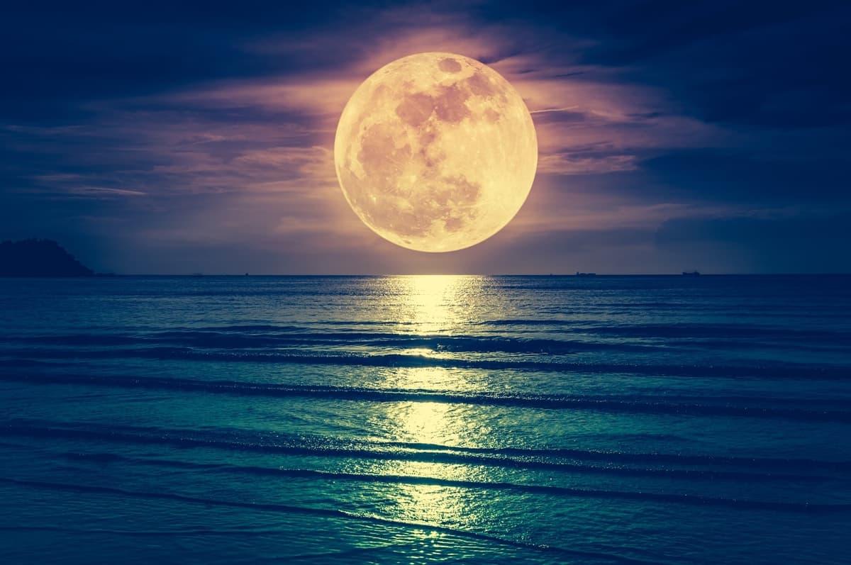 luna llena enero 2021