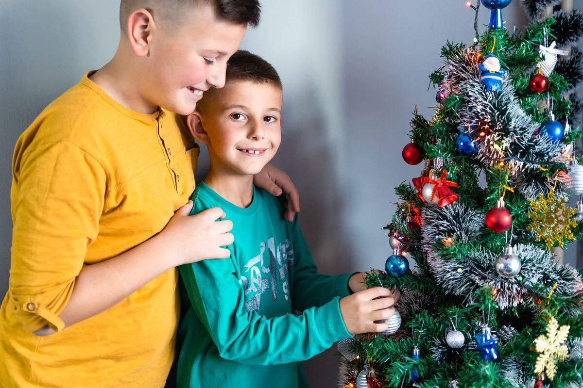 adornar arbol de navidad