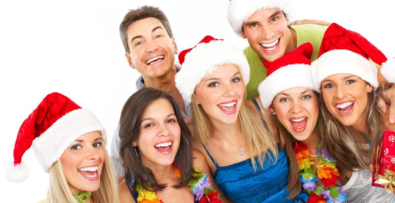 amigos festejando navidad felicidad alegria