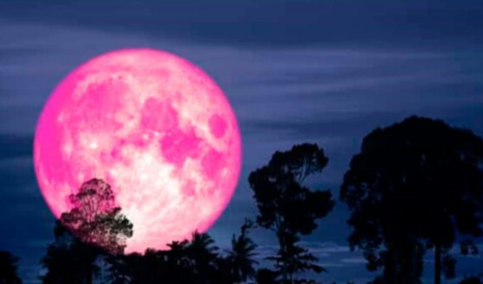 superluna rosa abril 2021