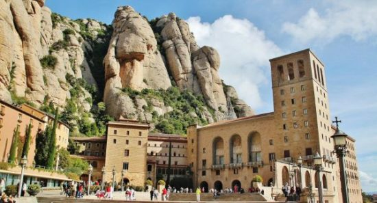 barcelona monasterio montserrat