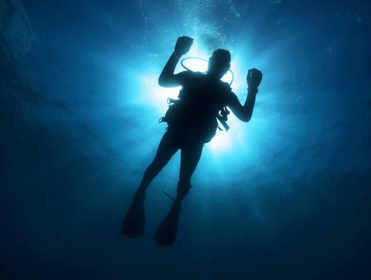 Dubai: la pileta de buceo mas profunda en el mundo