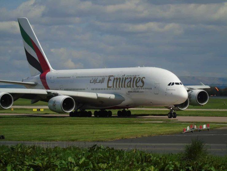 Emirates busca 3500 nuevos empleados en todo el mundo